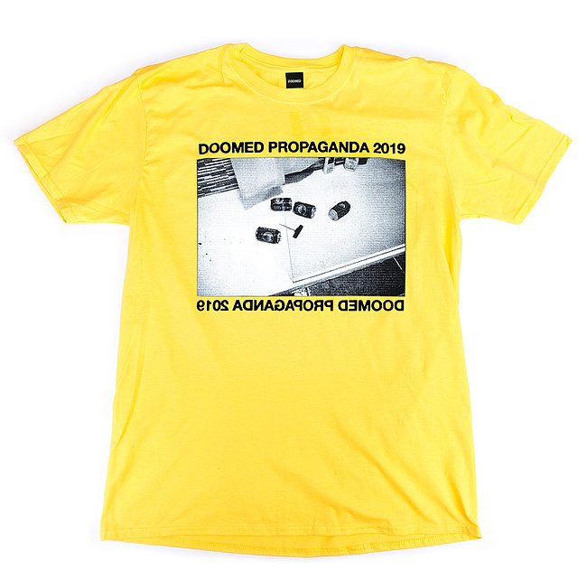 Doomed PROPAGANDA T-Shirt gelb XL